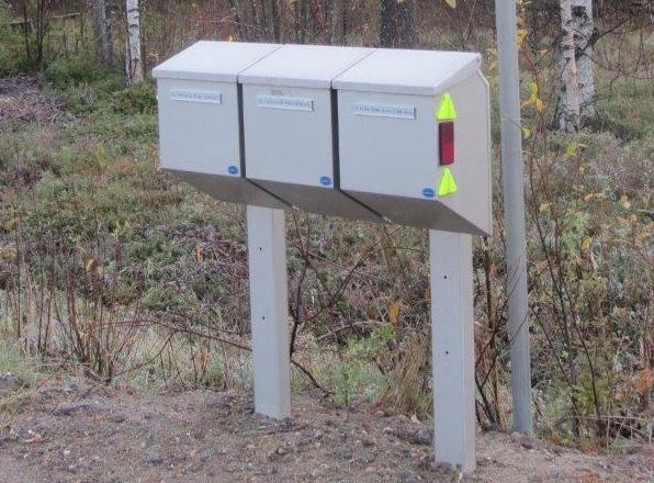 Citybox-M postilaatikkoryhmä telineellä