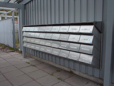 ruostumaton CityBox-VX postilaatikkoryhmä